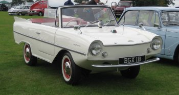 File:Amphicar 1964 1172cc front three quarters.JPG - Wikimedia Commons